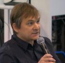 Majdnem agyvérzést kapott a Telex újságírója a Kormányinfón