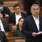 Orbán eligazította a követelőző ellenzékieket – Nézze meg!