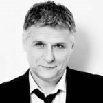 Alpári kamuinterjúval savazza Orbánt a Profil publicistája