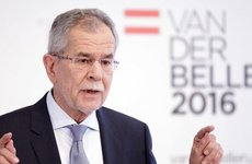 Az osztrák államfő elmebeteg