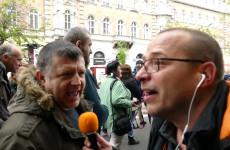 Tüntetők kérték! - Bauer Tamás, Niedermüller és a fehér sapkások
