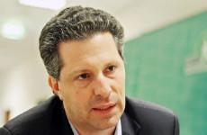Schiffer Orbán mellé állt