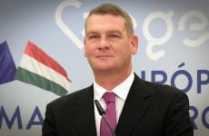 Botkát miért nem sikerült leváltani Szegeden és miért sikerült Budapesten Tarlóst?