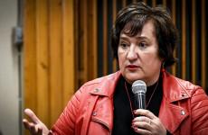 Italboltba menekült a kérdések elől az MSZP-s képviselő