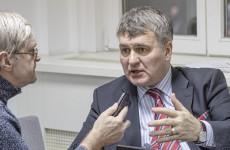 Gyurcsány le akarja vágni a kormány jobb kezét