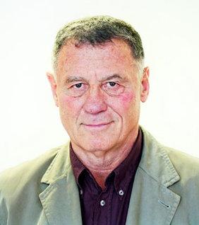 Lovas István: Engdahl: A gondolatgyárak VI.