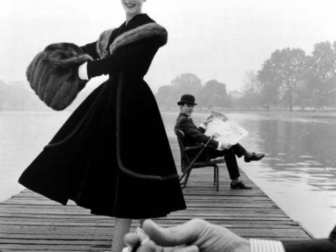 Fotó: John French: Skater and the City Gentleman Skater wears a Digby Morton fur trimmed velvet coat, city gentleman Michael Bentley in the background, London. Daily Express, 1955 © John French
