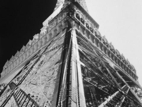 Fotó: François Kollar: Az Eiffel Torony fotómontázs, 1931 körül © Kulturális Minisztérium, Franciaország.
