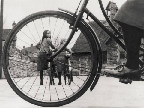 Fotó: Ismeretlen: Schoolchildren at Chew Magna Council School, London, 1935 © Getty Images/Fox Photos