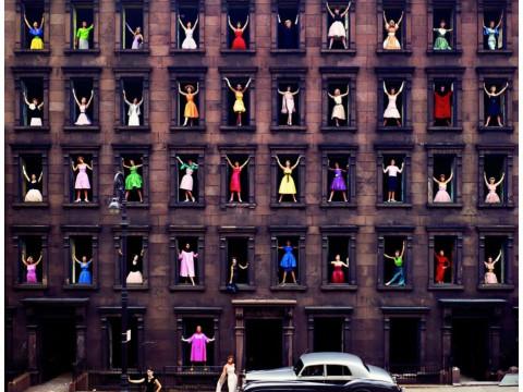 Fotó: Ormond Gigli: Lányok az ablakban, New York, 1960