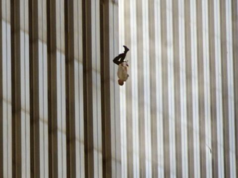 Fotó: Richard Drew: The Falling Man, 9/11 © AP pictures