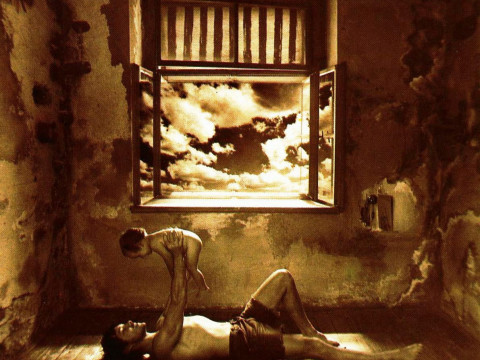 Fotó: Jan Saudek: You'll Be a Fortress and I'll Be Safe Inside Your Massive Walls, 1978