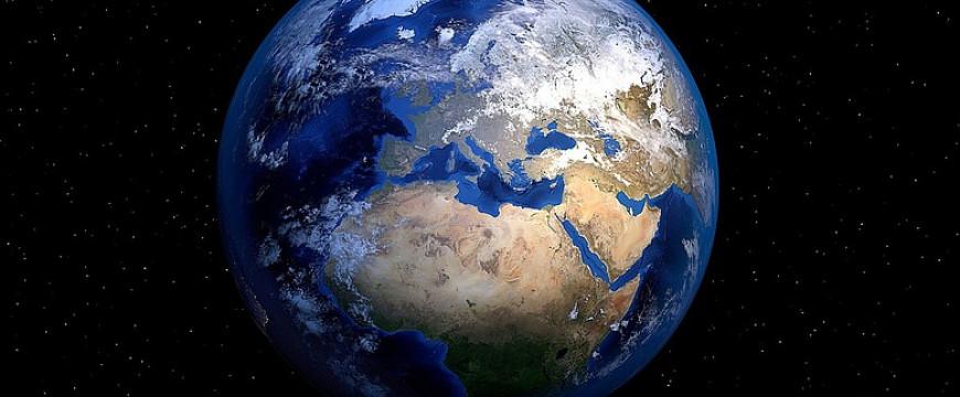 Kizökkent világ