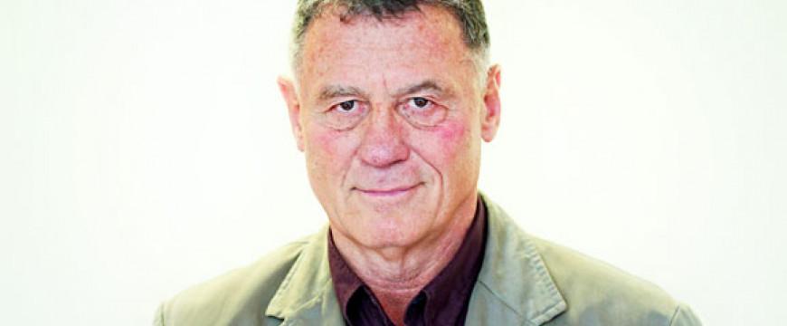 Lovas István: A migránsokat egy volt maffiafőnök tartja vissza Európától