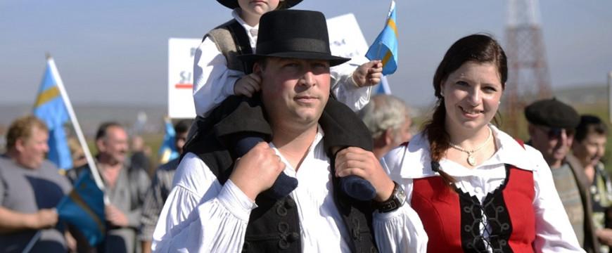Még mindig lopják a magyar falvakat a románok