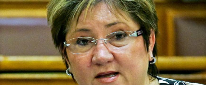 A szoci nagyasszony leleplezte a kormány titkos tervét