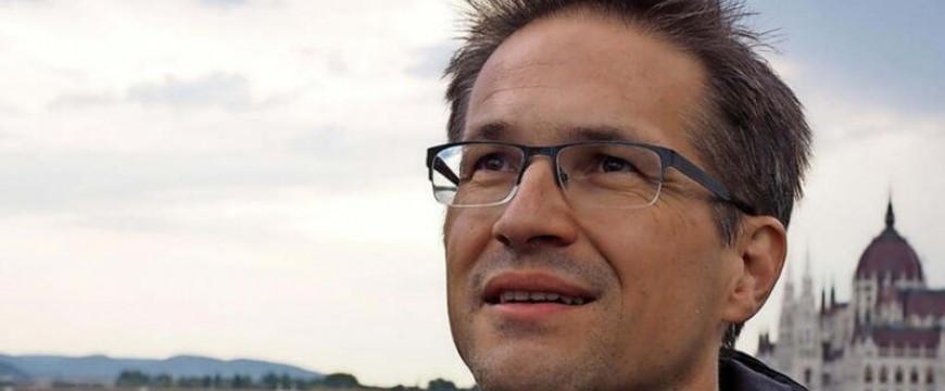Bayer Zsolt: Végre ismerjük a pofáját