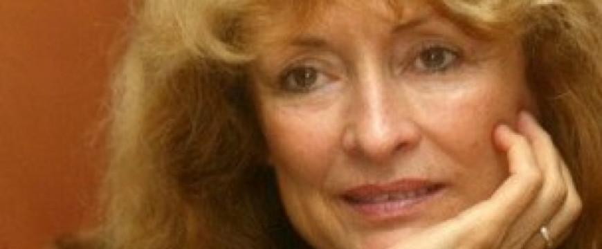Kondor Katalin: Támadás jeladásra
