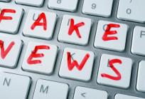 A nyári melegben is dübörög a Fake News gyár