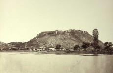 Fotó: Josef Székely: A középkori Rozafa erődítmény Shkodrában, 1863