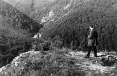 Fotó: Lillafüred, Fehér-kő, kilátás a Szinva völgyre, 1928 © Csaba Zoltán/fortepan.hu