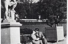 Fotó: Lucien Aigner: Luxembourg-kert, Párizs, 1934  © The International Center of Photography