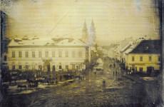 Fotó: Ismeretlen: A Kecskeméti utca a Kálvin tér felől fotózva, 1844 körül, 7,8x9,7 cm © Albertina