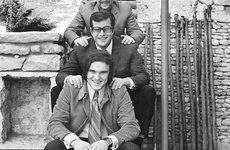 Fotó: Farkas Tamás: A három testvér: Latinovits Zoltán, Bujtor István, Frenreisz Károly, MTI, 1966(?)  (forrás: http://stefan2001.blogspot.com/)
