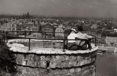 Fotó: Szöllősy Kálmán: Budapesti panoráma a Gellért-hegyről, 1930-as évek, 18×24,3 cm © Magyar Nemzeti Múzeum Történeti Fényképtár