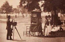 Fotó: John Thomson: Utcai fényképész, Clapham Common, London, 1877 © Hulton Archive/Getty Images